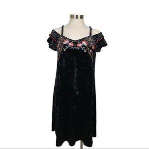 THML Black Crushed Velvet Embroidered Dress Small